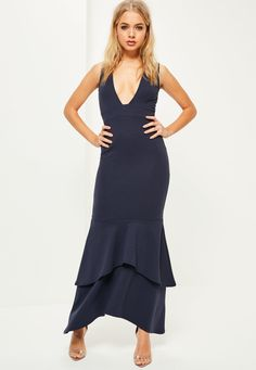 This is one for the ballsy bridesmaids! Take the plunge in this maxi dress for a major upgrade on your standard bridesmaid dress - featuring a deep plunge neck, step fishtail finish and a deep navy hue.