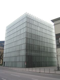 ブレゲンツ美術館/ピーター・ズントー/2007/エッジングガラス