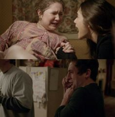 Lip's reaction to Debbie giving birth what the heck she will be pregnant ? I am still season 1 fuck fuck fuck i alwats spoiler every fu kin thing for me Shameless Tv Series, Shameless Memes, Watch Shameless, Shameless Characters, Shameless Debbie, Jeremy Allen White, Ian And Mickey, Favorite Tv Shows, Movie Tv