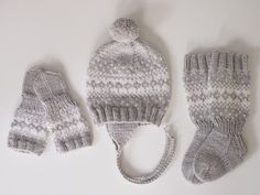Life with Mari: Ohjeet Knitting For Kids, Baby Knitting Patterns, Knitting Socks, Crochet Baby Bibs, Diy Crochet, Knitted Blankets, Knitted Hats, Brazilian Embroidery, Yarn Ball