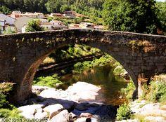Puente medieval en Arenas de San Pedro, provincia de Ávila. Medieval bridge, Arenas de San Pedro Province of Ávla.
