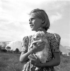 dorothea lange photographs | dorothea lange (30) girl (1142) teen (12) blonde (50) puppy (5) field ...