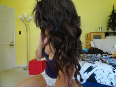 oct4love:   Sup curly hair.