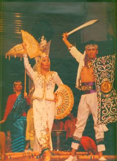Philippine Folk Dance Society - Philippine Music, Philippine Folkdance, Philippine Musical Instruments, Filipin o movies President Of The Philippines, Filipino Fashion, Philippine Art, Philippines Culture, Filipino Culture, Leyte, Culture Clothing, Dance World, Filipiniana