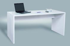 Ejemplos de una buena mesa de trabajo: blanca y alargada