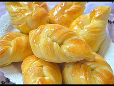(9) بريوش او فطائر بعجين هش جدااااا رائع للفطور او الكوتي - YouTube