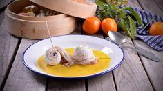 Rollitos de lenguado con aromas frutales sobre crema ligera de pimiento amarillo - Receta - Canal Cocina