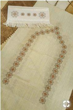 Natural Wood Furniture, Bargello, Elsa, Bohemian Rug, Cross Stitch, Embroidery, Knitting, Diy, Home Decor
