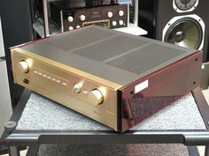 C-202 Accuphase image_b