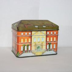 Vintage National Trust Tin Novelty Ian Logan Tin | Etsy Box Houses, National Trust, Logan, Tin, Decorative Boxes, Thankful, Building, How To Make, Pictures