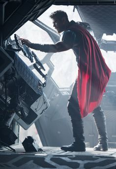 "johnnybravo20: ""Chris Hemsworth - Thor: Ragnarok (2017)"""