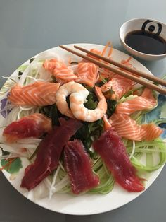 Healthy lunch: cucumber, carrot, radish, sashimi: salmon and tuna, shrimp, seaweed, soya sauce, wasabi Sashimi, Seaweed, Tuna, Cucumber, Carrots, Shrimp, Salmon, Healthy, Carrot