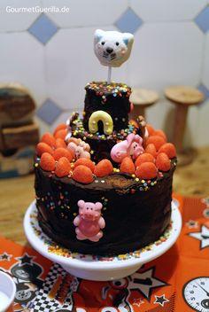Schokoladen-Geburtstagskuchen/ Chocolate Birthday cake