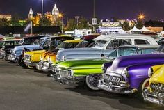 Travel back in time and experience hot rods, pin ups and pompadours at a Rockabilly car show near you. Check out the Rockabilly lifestyle. Rockabilly Cars, Rockabilly Fashion, Rockabilly Style, Las Vegas Festivals, Las Vegas Music, Las Vegas Review Journal, Automotive Photography, Kustom, Show Photos