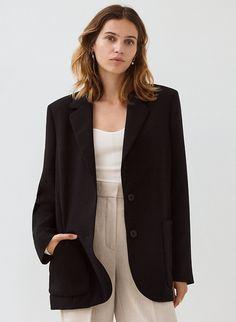 SORRENTO BLAZER - Boxy single-breasted blazer Casual Blazer, Blazer Outfits, Blazer Fashion, Casual Outfits, Black Blazers, Blazers For Women, Blouse And Skirt, How To Wear, Single Breasted