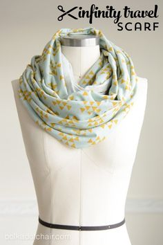 How to Make an Infinity Scarf; a Travel Scarf Tutorial - Polka Dot Chair Diy And Crafts Sewing, Easy Sewing Projects, Sewing Projects For Beginners, Sewing Tutorials, Sewing Hacks, Sewing Tips, Easy Craft Projects, Knitting Projects, Diy Crafts