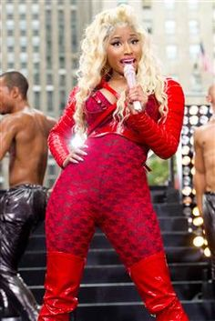 Nicki Minaj raps: 'I'm a Republican voting for Mitt Romney' on mix tape (Photo: Charles Sykes / AP)