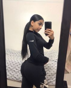 12 Cute Sporty Outfits Idea to Try this Winter - Women Outfits Cute Sporty Outfits, Mode Poster, Workout Clothes Cheap, Look Girl, Athleisure Outfits, Body Inspiration, Mode Outfits, Perfect Body, Perfect 10