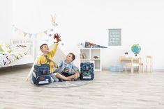Die hochqualitativen und mitwachsenden Schultaschen von STEP BY STEP sind die perfekten Schulbegleiter für die Volksschule! Von dieser Schultasche hat man lange was - jetzt sogar mir 4 Jahren Garantie! 👍  ...so geht Schulbeginn hoch 3!  Euer obereder-Team  #StepbyStep #Schultaschen #BackToSchool #Schulliste #Schullistenservice #obereder Toddler Bed, Home Decor, Beginning Of School, Child Bed, Decoration Home, Room Decor, Home Interior Design, Home Decoration, Interior Design