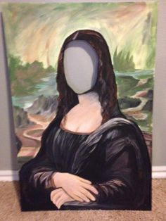 """Mona Lisa photo """"stand in"""" by Craftster member patty_o_furniture MORE ART, LESS CRAFT on Craftster.org"""
