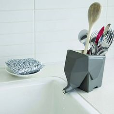 As well as being cute, this elephant drainer is also a practical way to drain your cutlery and make washing up more fun. An ideal gift idea - fun, decorative and useful - Jumbo Cutlery Drainer is is available online now from brightblueliving.com