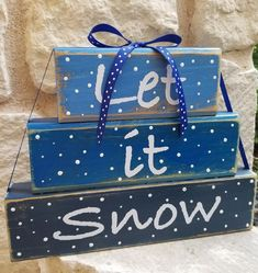 Christmas Decorations For Kids, Christmas Wood Crafts, Holiday Crafts, Holiday Ideas, Winter Decorations, Seasonal Decor, Christmas Blocks, Christmas Signs, Kids Christmas