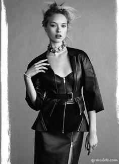 Heloise Guerin for Marie Claire UK (September 2013) - http://qpmodels.com/european-models/heloise-guerin/2335-heloise-guerin-for-marie-claire-uk-september-2013.html