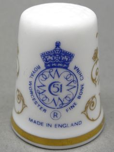 Royal Worcester-England. Edicion UK. TCC. Thimble-Dedal-Fingerhut.