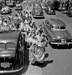 Homens vestidos de mulher no Carnaval no Rio - final dos anos 40