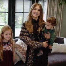 H Jessica Alba μας ξεναγεί στο υπέροχο σπίτι της στην Καλιφόρνια όπου ζει με τον σύζυγό της και τα 3 τους παιδιά Jessica Alba, Style, Fashion, Swag, Moda, Fashion Styles, Fashion Illustrations, Outfits