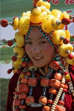 Lovely Tibetan lady by BetterWorld2010 on Flickr HERMOSO ROSTRO.