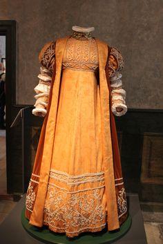 Margareta Leijonhufvud dress ca 1551