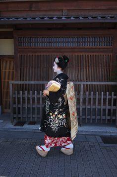 祇園甲部・紗月さん(八朔にて) : 花景色-K.W.C. PhotoBlog
