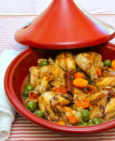 Tagine of Cornish Hens With Saffron Preserved lemon Olives and Dried Apricot - full details→ http://healthysnackrecipesblog.blogspot.it/2013...