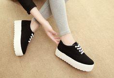 Aliexpress.com: Comprar Moda otoño 2015 primavera zapatos bajos zapatos casuales mujeres lona plataforma blanco negro zapatos de mujer azul de zapatos de mujer talla 11 fiable proveedores en haohao zhang's store