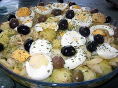 Uma das preparações de bacalhau mais conhecida pelo mundo, o Bacalhau à Gomes de Sá é de certa maneira um ícone da gastronomia portuguesa. ...