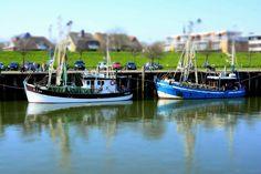 Busüm. am Hafen   habe den Miniatureffekt an meiner Kamera wieder ausprobiert und diesmal einen höheren Standpunkt ausgewählt...  *  und hier ist mein erster Versuch zu sehen:[fc-foto:30555957]