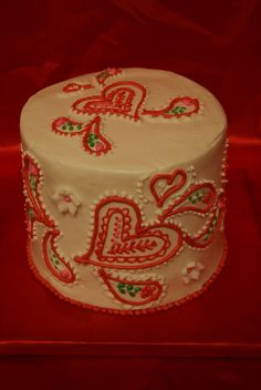 Cake decorating idea for valentine's day