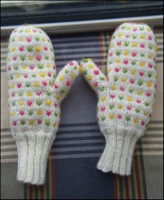 Yarn Harlot Thrummed Mittens pattern by Stephanie Pearl-McPhee