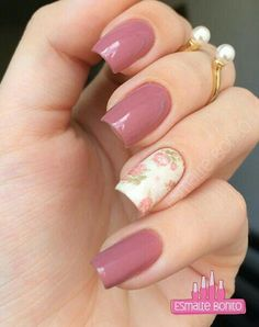 nice Creative and Pretty Nail Designs Ideas - Nail Art Buzz Rose Nail Art, Flower Nail Art, Art Flowers, Pretty Nail Designs, Nail Art Designs, Vintage Nails, Vintage Pink, Vintage Roses, Uv Nails