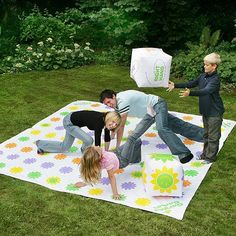 Tesco direct: Garden Games Get Knotted Giant twister style game