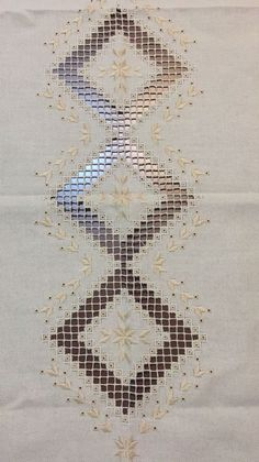 Embroidery Designs, Embroidery Online, Hardanger Embroidery, Types Of Embroidery, Learn Embroidery, Ribbon Embroidery, Embroidery Art, Embroidery Stitches, Bookmark Craft