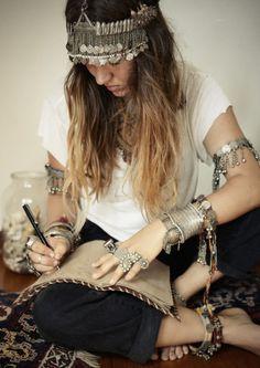#mode #Boho #bijoux #style #hippie #colliers #bracelets #bagues http://www.diabolobijoux.com/fr/