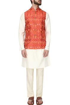 #perniaspopupshop #wyci #designer #mensclothing #tradional #ethnic #shopnow #happyshopping