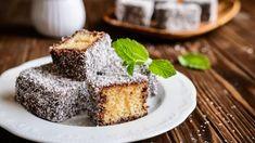 Food Cakes, Creme Brulee, Pavlova, Australian Desserts, Ambrosia Recipe, Baking Company, Dessert Cake Recipes, Seafood Restaurant, New Recipes