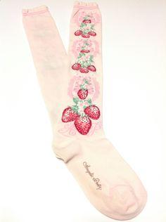 Berry Garden OTKs in Pink from Angelic Pretty - Lolita Desu