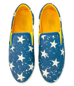 Promenade Leisure Blue Canvas Synthetic Leather Loafers Blue Loafers, Leather Loafers, Printed Shoes, Loafers Online, Blue Canvas, Toms, Sneakers, Prints, Stuff To Buy
