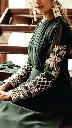 Bohemian Style Dresses, Vintage Style Dresses, Boho Dress, Dress Vintage, Chic Dress, Indian Designer Outfits, Indian Outfits, Designer Dresses, Look Fashion