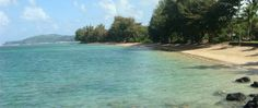 Anini Beach - This quiet, beautiful beach goes for miles along a coastline protected by an extensive offshore reef. Snorkeling can be good depending on visibility and conditions