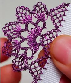 Needle Lace, Tatting, Arts And Crafts, Embroidery, Diy And Crafts, Crocheting Patterns, Crafts, Knitting Needles, Crochet Edgings